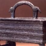 Lughenia - Oschiri. Cofanetto bronzeo nuragico di età orientalizzante