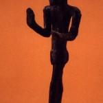 Camposanto-Olmedo (SS). Bronzetto di orante di fattura siro-palestinese (fine II-inizi I millennio a.C.).