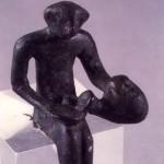 Monte Sirai - Carbonia (CA). Bronzo figurato fenicio di offerente una libagione con brocca askoide (VII sec. a.C.).