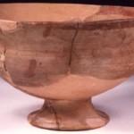 Monastir (CA). Coppa di produzione locale di imitazione delle coppe greco-orientali (prima metà del VI secolo a.C.).